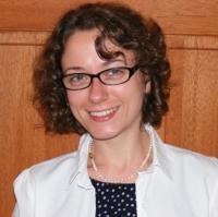 Dr Mary Marshall